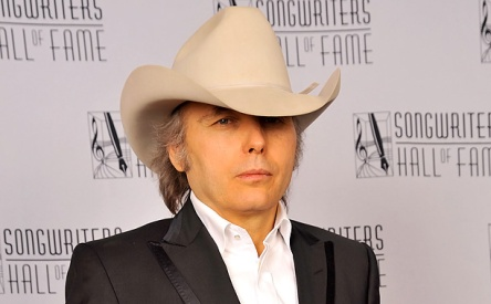Dwight Yoakam is brigin  his cowboy hat Under the Dome. And Entertainment  weekly claims his character has been there the entire time! WHAT  b04eb667e9d