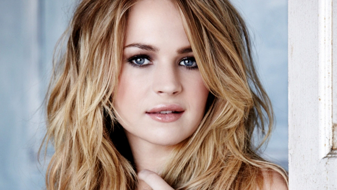 britt robertson the wilmywood daily